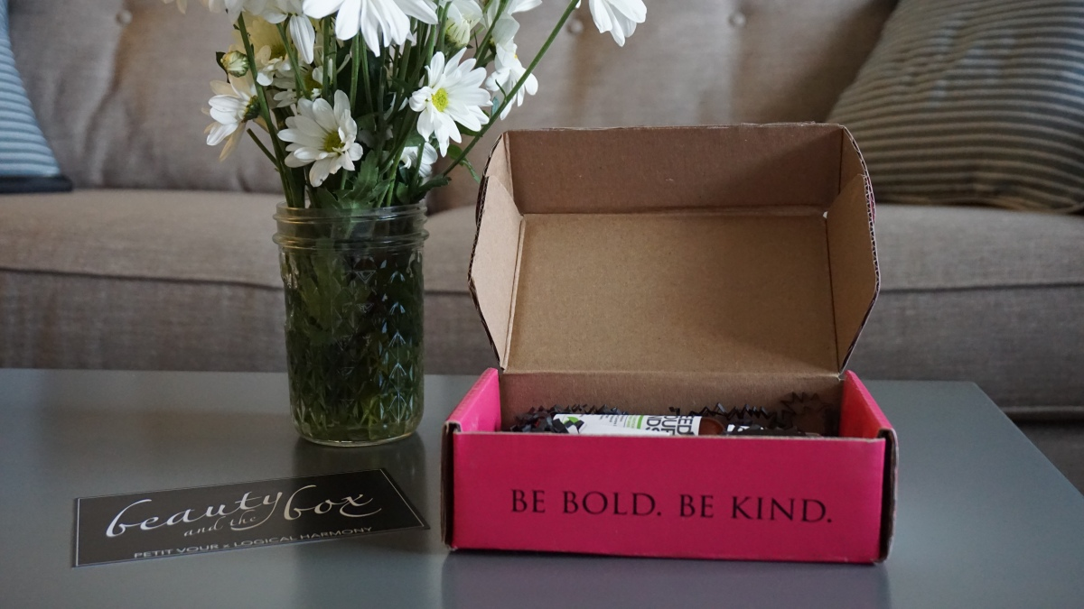 Haul | Petit Vour Natural Beauty Box (September 2014)